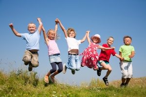 Happy-Kids-Jumping-1280x853